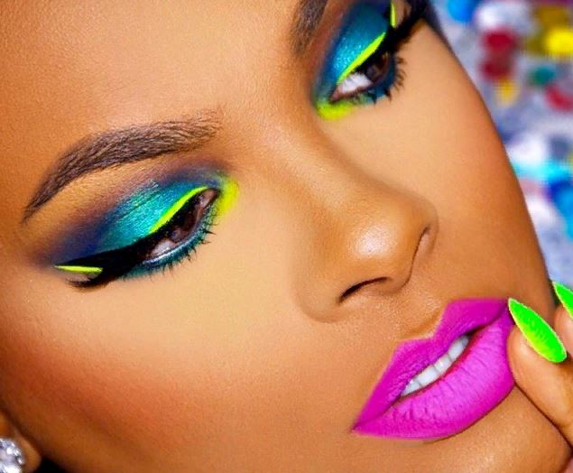 неоновый макияж, макияж 2021